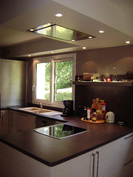 R alisation d 39 un faux plafond de cuisine for Realisation plafond
